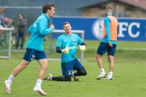 200823 Training Schalke 04